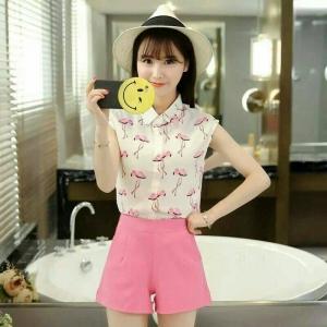 Set_bp1305 งานนำเข้าสไตล์เกาหลี ชุด 2 ชิ้น(เสื้อ+กางเกง)แยกชิ้น เสื้อแขนกุดคอปกเชิ้ตกระดุมหน้าโทนสีขาวชมพู+กางเกงขาสั้นซิปหลังผ้าเนื้อดีสีชมพู