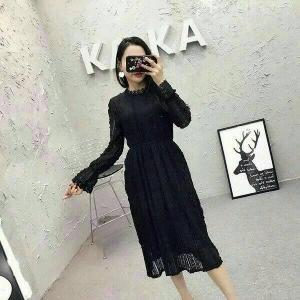 Dress3756 งานนำเข้าแบรนด์เกาหลี ชุดเดรสยาวผ้าลูกไม้แขนยาวสีดำ เอวสม็อคยืดได้เยอะ ผ้าลูกไม้ยืดเนื้อนิ่ม มีซับในอย่างดีทั้งชุด
