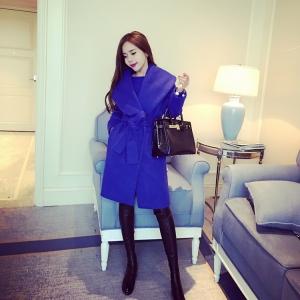 เสื้อโค้ทกันหนาว ทรงสวยสีน้ำเงิน ใส่เป็นเดรสได้ แบบผู้ดี ผ้าวูลผสมเนื้อหนานิ่ม บุซับในกันลม จะใส่เป็นเดรส หรือใส่เป็นเสื้อโค้ทปกติก็เก๋ค่า
