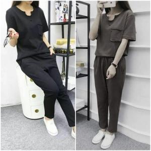 Set_bt1371 งานนำเข้าสไตล์เกาหลี ชุดเซ็ท 2 ชิ้น(เสื้อ+กางเกง)แยกชิ้น เสื้อแขนสั้นมีกระเป๋าอก+กางเกงขายาวเอวสม็อคหลังกระเป๋าข้างผ้ายืดคอตตอนเนื้อดีหนานุ่ม มี 2 สี ดำ เทา