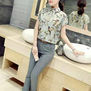 Set_bt1367 งานนำเข้าสไตล์เกาหลี ชุด 2 ชิ้น(เสื้อ+กางเกง)แยกชิ้น เสื้อคอตั้งทรง Over Size ผ้าไหมอิตาลีพิมพ์ลายนกโทนสีเทา+กางเกงขายาวซิปหน้ากระเป๋าข้างสีพื้นเทา