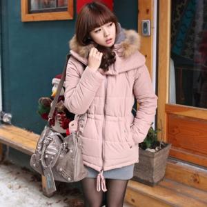 เสื้อโค้ทกันหนาว อุ่นมาก กันหนาวได้ดีค่ะ แต่งขนเฟลอช่วงฮู้ด แบรนด์ RJ STORY แท้ พร้อมส่ง