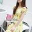 พร้อมส่ง - Size M Lady Daisy Ribbon Off-shoulder Mini dress : มินิเดรสเปิดไหล่โบว์ลายดอกเดซี่โทนสีเหลือง thumbnail 4