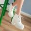 Boots รองเท้าบูท หนังแต่งเชือกสีขาวน่ารัก ด้านในเป็นกำมะหยี่ งานดีเหมือนแบบค่ะ แถมที่รองเท้าขนแกะนุ่มๆด้วยน้าาา thumbnail 5
