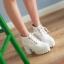 Boots รองเท้าบูท หนังแต่งเชือกสีขาวน่ารัก ด้านในเป็นกำมะหยี่ งานดีเหมือนแบบค่ะ แถมที่รองเท้าขนแกะนุ่มๆด้วยน้าาา thumbnail 1