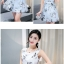 **สินค้าหมด Dress4004 ชุดเดรสทรงสวยลายดอกไม้สีพื้นขาว ซิปข้างใส่ง่าย มีซับในอย่างดีทั้งชุด ผ้าชีฟองเนื้อดีเกรดพรีเมียมมีน้ำหนักทิ้งตัวสวย ผ้าสวยเกินราคา ทรงนี้ใส่ได้บ่อย ชุดเดียวสวยจบ แนะนำเลยจ้า thumbnail 4