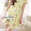 พร้อมส่ง - Size M Lady Daisy Ribbon Off-shoulder Mini dress : มินิเดรสเปิดไหล่โบว์ลายดอกเดซี่โทนสีเหลือง thumbnail 3