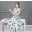**สินค้าหมด Dress3973 ชุดเดรสยาวทรงสวยลายใบไม้พื้นสีขาว มีผ้าผูกเอว ผ้าซาตินซิลค์เนื้อหนามีน้ำหนักทิ้งตัวสวย มีซับในทั้งชุด งานสวยหรูตัดเย็บอย่างดี ผ้าสวยเกินราคา ใส่ออกงานได้เลยจ้า thumbnail 4