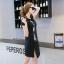 Dress4125 ชุดเดรสทรงปล่อยสีพื้นดำแต่งลายการ์ตูน ผ้าคอตตอนเนื้อดียืดขยายได้เยอะ ผ่าชายกระโปรงเล็กน้อยเพื่อความคล่องตัว ดีเทลดีงาม งานสวยใส่ง่ายน่ารักมาก thumbnail 5