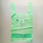 ถุงหูหิ้วขยายข้างสีเขียวลายหน้าการ์ตูนยิ้ม 23x43x11 cm. 100 ชิ้น