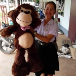 ตุ๊กตาลิงยักษ์