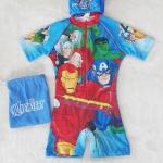 Marvel : ชุดว่ายน้ำบอดี้สูทลาย Assemble สีฟ้า ซิปหน้า พร้อมหมวกและ ถุงผ้า Size : XS (3-4y)