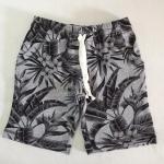 H&M : กางเกงขาสั้นผ้ายืด สีเทาลายต้นไม้ เชือกผูกรูดเอวได้ size 1.5-2y / 2-4y