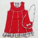 Carter's : เดรสผ้าลูกฟูก สีแดงลาย Burberry พร้อมกระเป๋าสะพายเข้าชุด size 7T