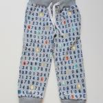 H&M : กางเกงขายาวขาจั๊ม ลายตัวเลข สีเทา มีเชือกผูก size : 1.5-2y / 3-4y