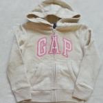 เสื้อกันหนาว Gap ซิปหน้า มีฮูด สีครีม โลโก้ปักขอบชมพู size : S (5-6y) / M (7-8y)