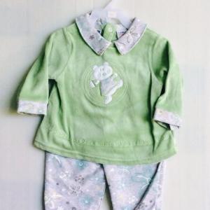ชุดนอนผ้าอิเตอรอกสีเขียวงานทำส่งออกแบรน viewwinbaby ขายส่งยกแพ็ค 6 ชุดราคา 750 บาท สินค้าพร้อมส่งครับ s 3/6 6/9 เดือนครับ