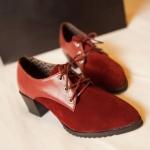 รองเท้าคัตชูผู้หญิงสีแดง ส่วนหัวเป็นหนังนิ่มกับกำมะหย เชือกแดง ส้นหนา แนววินเทจ