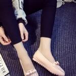 รองเท้าส้นแบนแฟชั่นสีชมพู หัวแหลมลายดอกไม้ แต่งโบว์ประดับเพชร วัสดุPU สไตล์ญี่ปุ่น หวานน่ารัก แฟชั่นเกาหลี