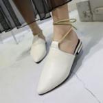 รองเท้าแฟชั่นผู้หญิงสีขาว เปิดส้น ครอบหลังเท้า มีเชือกรัดข้อเท้า แฟชั่นยุโรป