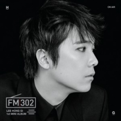 "[PRE-ORDER] Lee Hong Gi (FTISLAND) - 1st Mini Album ""FM 302"" (Black Ver.)"