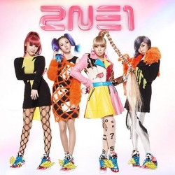 "[PRE-ORDER] 2NE1 - Japan Album ""Go Away"" {Type B} (CD+DVD)"