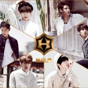 "[PRE-ORDER] HALO - 1st Single Album ""38 degrees C"""
