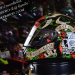 หมวกกันน็อคMT Skull & Rose
