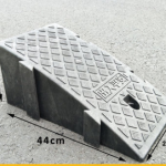 ทางลาดจิ๊กซอขนาดใหญ่ สีดำ สูง19cm/กว้าง25cm/ ลึก45cm ถอดประกอบได้