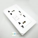 ปลั๊กไฟติดผนังพร้อมช่องเสียบ USB 2.1A มีสวิตซ์