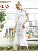 ชุดเดรสยาวสีขาว ลูกไม้ แขนสั้น ชุดงานป้ายสไตล์ดารา ป้าย Vegas