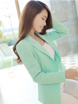 เสื้อสูททำงานผู้หญิงสีเขียว