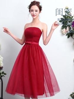 ชุดราตรีสีแดง เกาะอก ลุคสวยหวาน เรียบหรู ดูดี ใส่ออกงาน ไปงานแต่งงาน ชุดเพื่อนเจ้าสาว