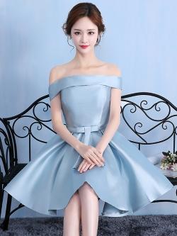 ชุดออกงานราตรีสั้นสีฟ้า เปิดไหล่ กระโปรงทรงบาน สวยหรู น่ารัก สไตล์เจ้าหญิง