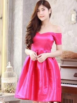 ชุดราตรีสั้นสีชมพูบานเย็น เปิดไหล่ แขนสั้น สวยหรู ใส่ออกงาน ไปงานแต่งงาน ชุดเพื่อนเจ้าสาว