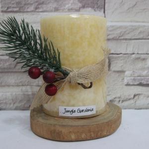 เทียนหอมคริสมาสต์ เทียนแท่งตกแต่งบ้านขนาด 3x4 นิ้ว [กลิ่น Jungle Gardenia]