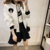 (ภาพจริง)เสื้อคลุมกันหนาว แขนยาว ซิปหน้า ลาย VIVI สีขาว