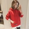 เสื้อแฟชั่น มีฮูด แขนยาว กระเป๋าหน้า ผ้าต่อชาย สีพื้น สีแดง