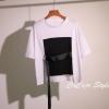 เสื้อแฟชั่น คอกลม แขนสั้น แต่งผ้าเก๋ๆ สีขาว