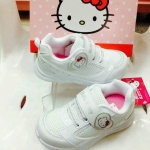 รองเท้าผ้าใบสีขาวคิตตี้ SH21