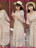 maxi dress ซีฟอง พิมพ์ลายดอกไม้บนผ้าพื้นสีชมพู จั้มยางใต้อก มีซับในผ้าใส่สบายมากๆค่ะ