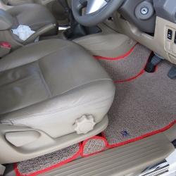 พรมดักฝุ่นไวนิล ชุด Full จำนวน 8 ชิ้น Toyota Vigo 4 Door