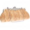 กระเป๋าคลัทช์ออกงานสีครีมทอง ทรงสีเหลี่ยมผืนผ้า จับจีบ ถือออกงาน ไปงานแต่งงาน ลุคเรียบๆ สวยเก๋