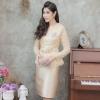 ชุดออกงานสั้นสีทอง 2ชิ้น เสื้อ กระโปรง แนวเรียบหรู สวยสง่า สไตล์ผู้ใหญ่ เหมาะสำหรับใส่ออกงาน ไปงานแต่งงาน ชุดถือขันหมาก ชุดแม่บ่าวสาว