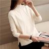 เสื้อไหมพรมแฟชั่นกันหนาว เสื้อสเวตเตอร์ สีขาวครีม แขนยาว ดีเทลลายถักลูกโซ่ ใส่กันหนาวได้