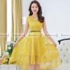 ชุดเดรสสั้นสีเหลือง คอวีป้าย แขนกุด กระโปรงทรงบานหน้าสั้น-หลังยาว : สินค้าพร้อมส่ง