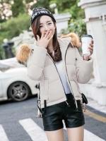 เสื้อกันหนาวผู้หญิงแฟชั่นเกาหลี สีเบจ แจ็คเก็ตมีฮู้ด พร้อมเฟอร์ขนสัตว์ ชายเสื้อเล่นระดับ ดีไซน์เก๋ๆ