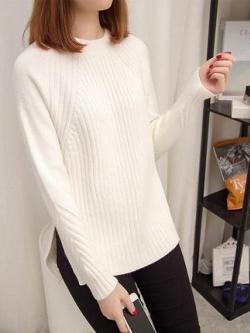 เสื้อไหมพรมแฟชั่นกันหนาว เสื้อสเวตเตอร์คอกลม สีขาว แขนยาว ยาวคลุมสะโพก น่ารัก