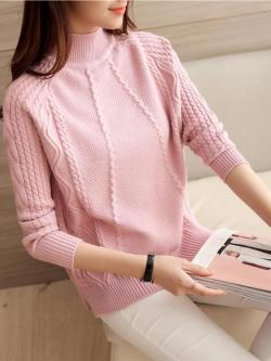 เสื้อไหมพรมแฟชั่นกันหนาว เสื้อสเวตเตอร์ สีชมพู แขนยาว ดีเทลลายถักลูกโซ่ ใส่กันหนาวได้