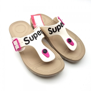 รองเท้าแตะ Super 1705 [Beige]